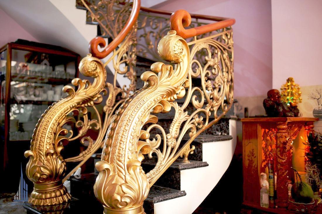 Cầu Thang Hoàn Thiện Được Trang Trí Sắc Sảo, Nghệ Thuật Bắt Mắt