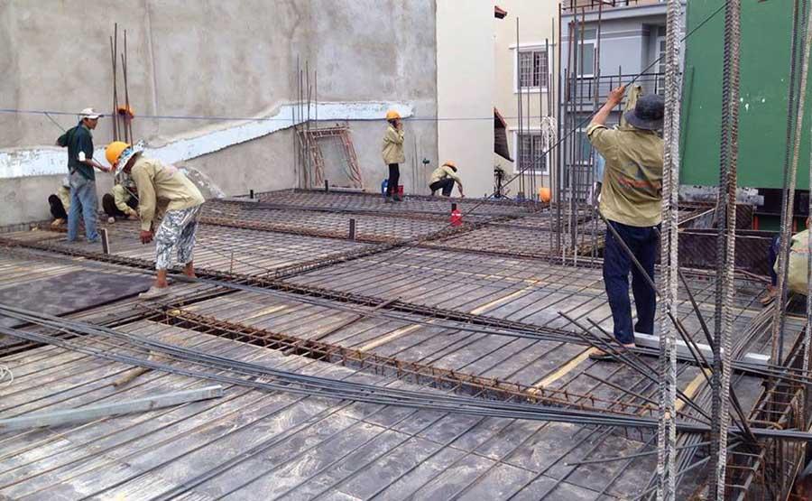 Chuẩn bị sắt đổ bê tông (3)