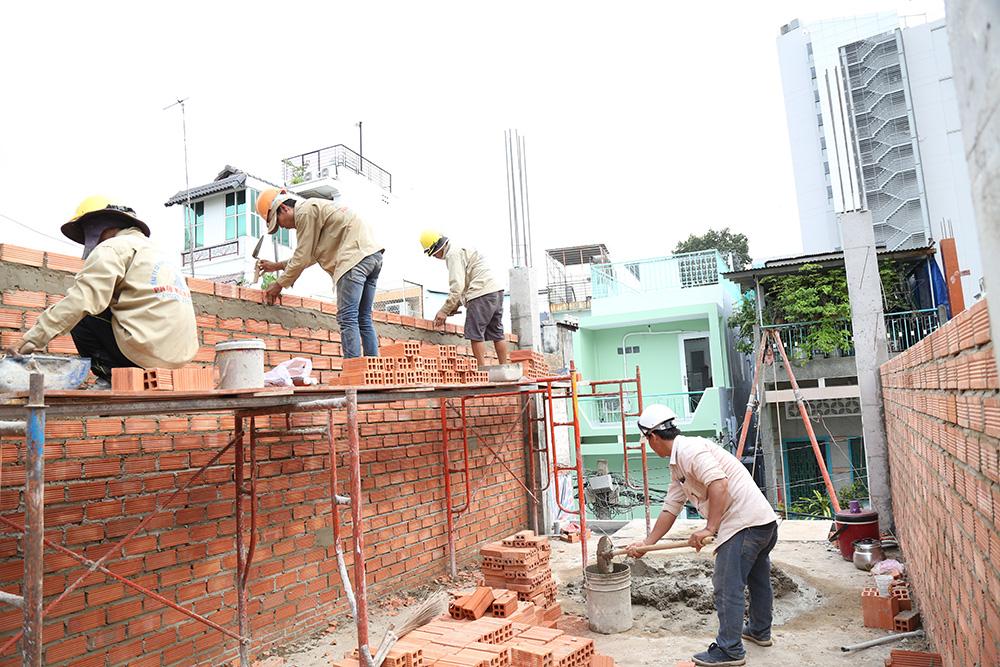 Công đoạn xây tường bao lầu 1 góc 3