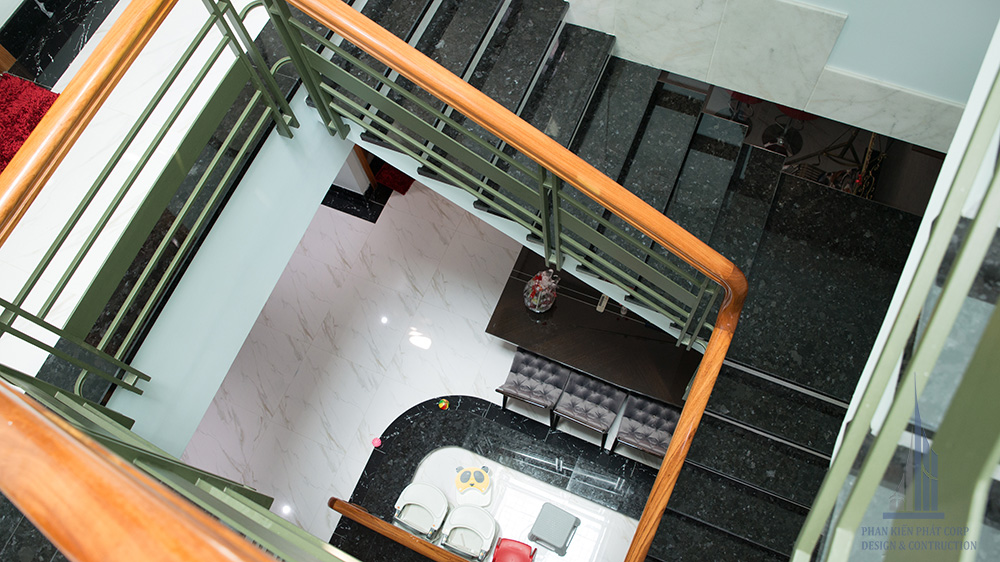 Công trình biệt thự hiện đại 3 tầng góc view 10