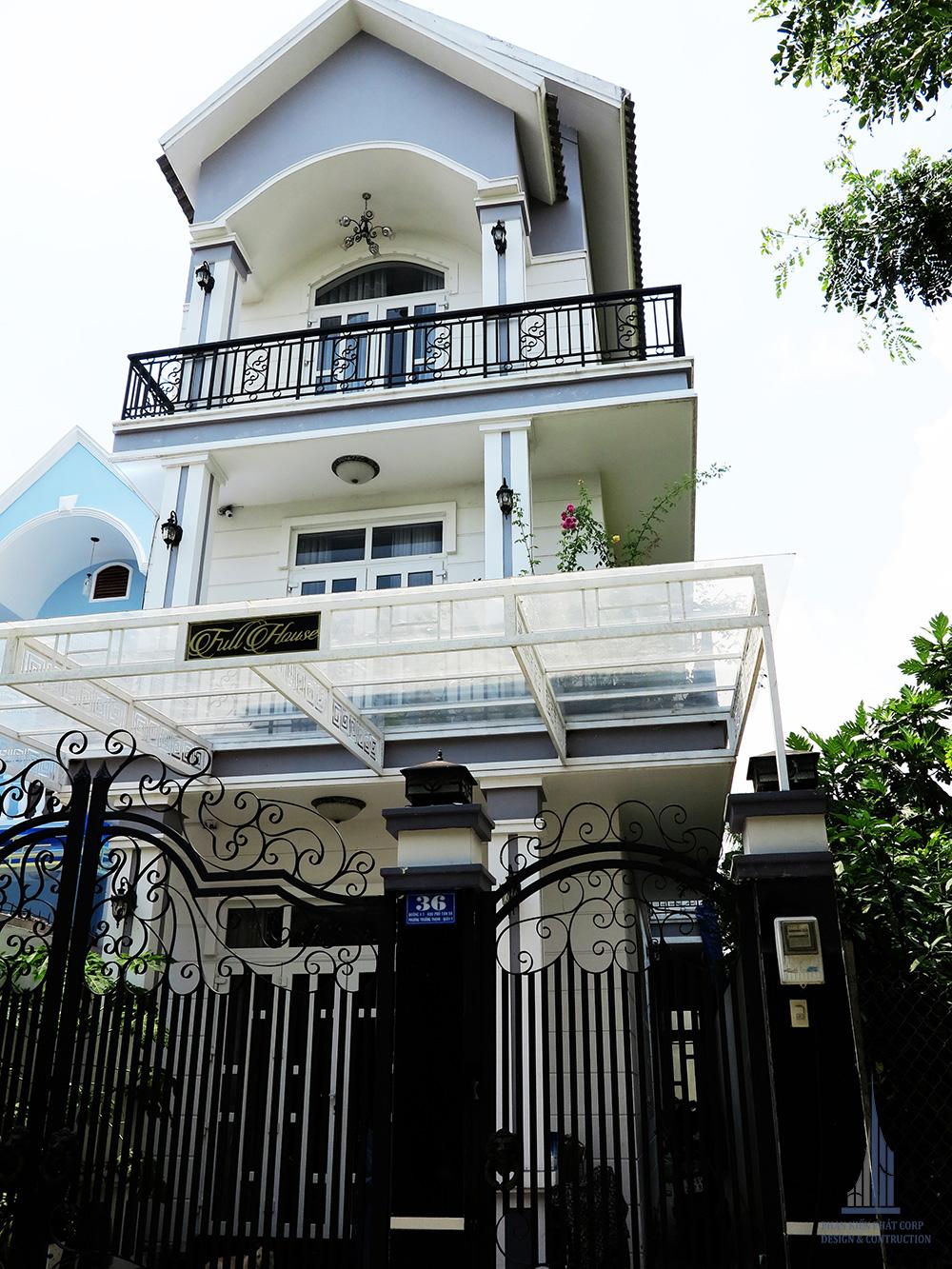 Công trình thực tế biệt thự 3 tầng bán cổ điển view 4