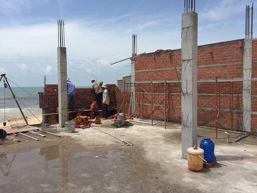 Giai đoạn xây dựng trệt và lầu (3)
