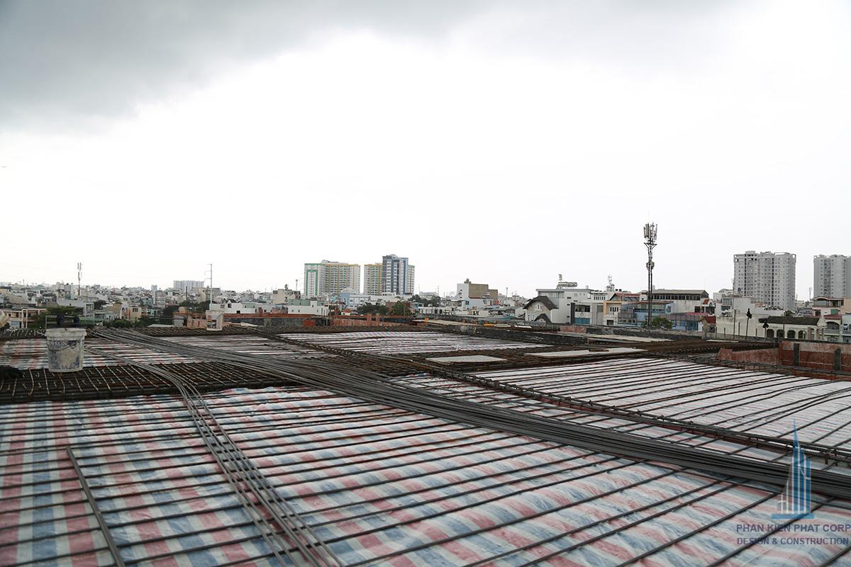 Mặt bằng sắt sàn tầng cuối chuẩn bị cho hệ mái