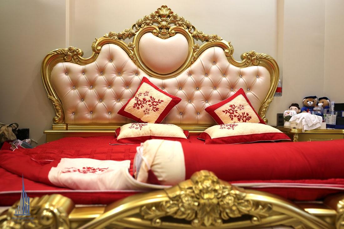 Phòng Ngủ 2 Với Gam Màu Đỏ Chủ Đạo Thể Hiện Cá Tính Trẻ Trung Sôi Nổi