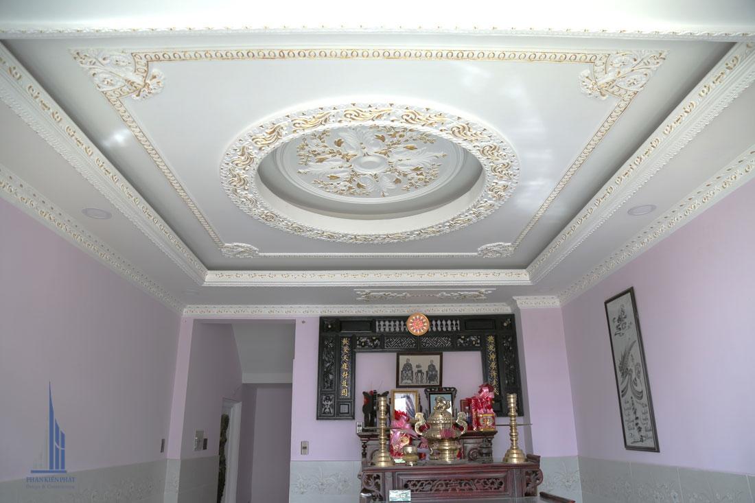 Phòng Thờ Với Trần Thạch Cao Được Trang Trí Nghệ Thuật Khéo Léo