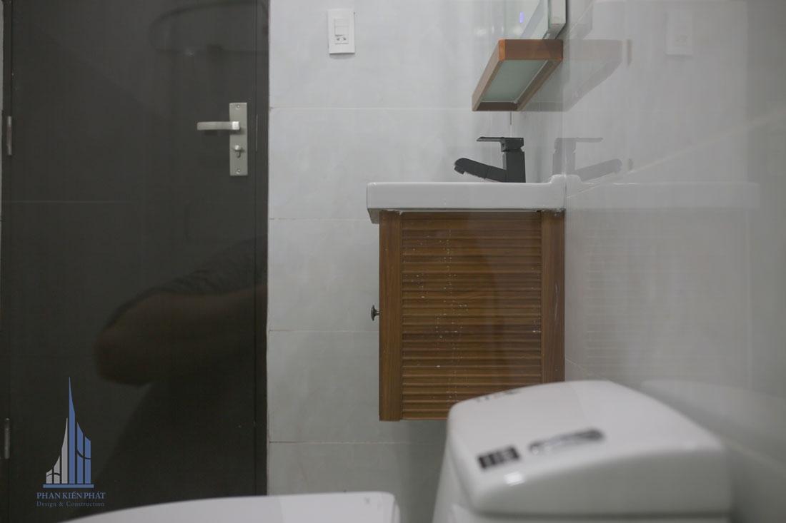 Phòng vệ sinh được thiết kế hiện đại tiện nghi