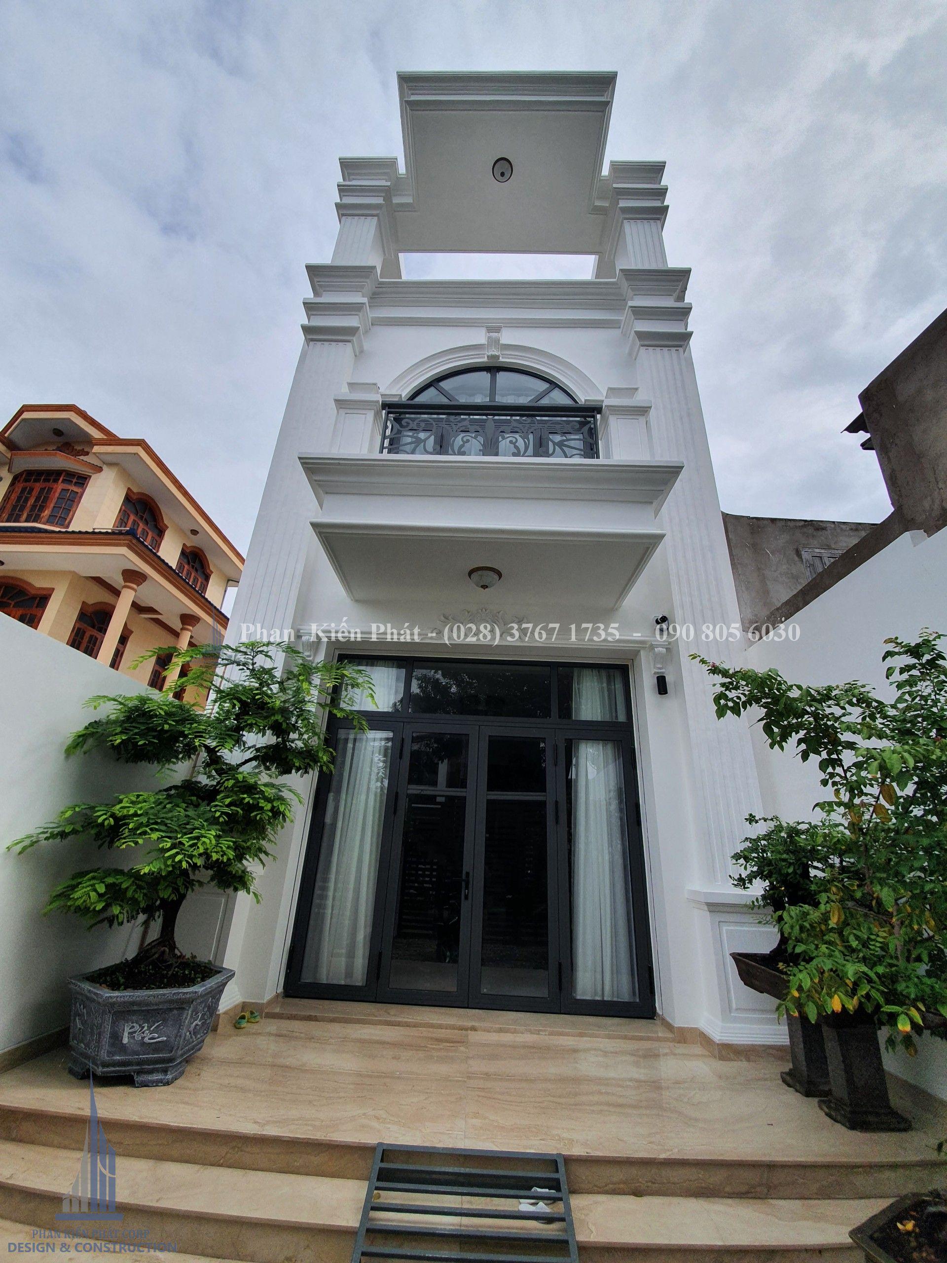 Thi công nhà trọn gói - nhà phố tân cổ điển 3 tầng - nhà anh Hòa